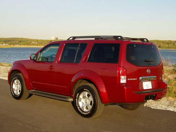 2005 Nissan Pathfinder Photo Gallery | CarParts.com