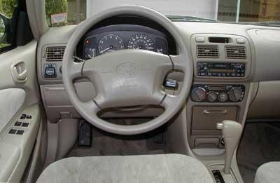 2000 Toyota Corolla Le Road Test