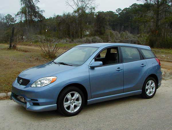 2003 toyota matrix road test. Black Bedroom Furniture Sets. Home Design Ideas